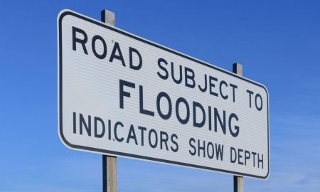 road-flood-signs