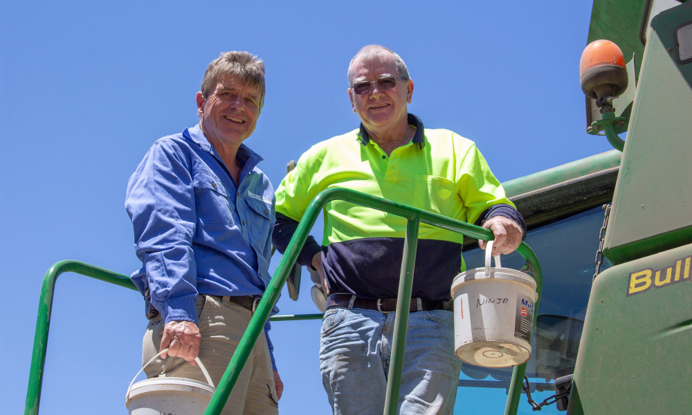 Pacific Seeds' Steve Lamb with Mingenew grower Paul Kelly.